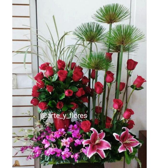 Arreglo Floral Jarrón Arte Y Flores Cali