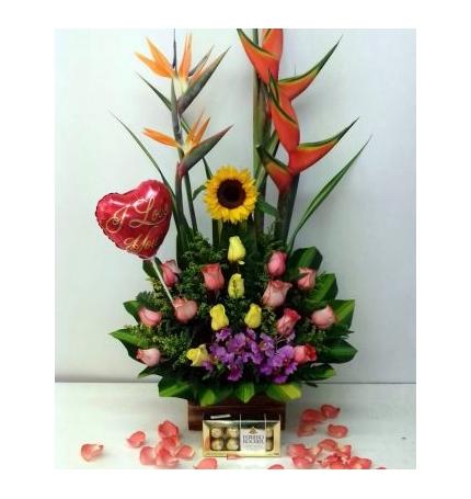 Arreglo Floral Con Chocolates Y Globo Arte Y Flores Cali