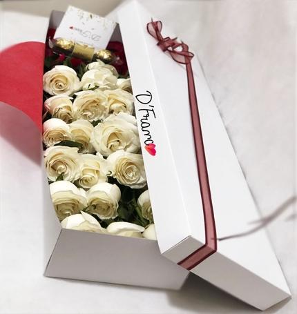 Caja de rosas Blancas Cali